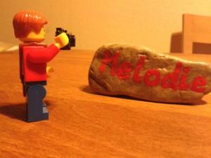Melodie mit Legofigur in Koelle opti