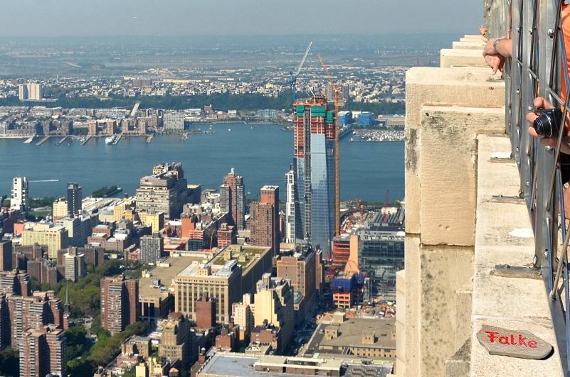 """""""Falke"""" vom """"Weg der Wörter"""" zum Empire State Building"""